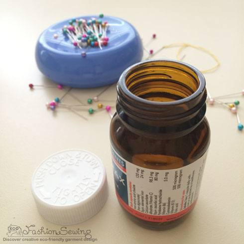 Safety-sewing-rules-room-equipment-people-sharp-items-disposal-jar